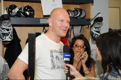 Nicole interviewing Mats Sundin, former Maple Leafs captain